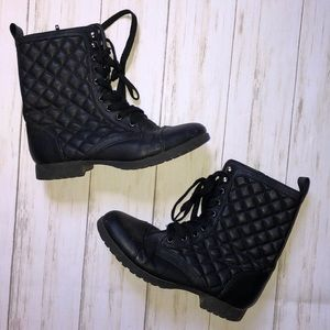 Quilted Combat Boots Women Size 8 Charlotte Russe